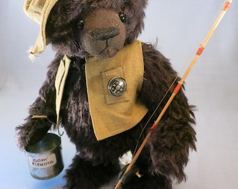 "Artist collectable bear ""Stanley"""