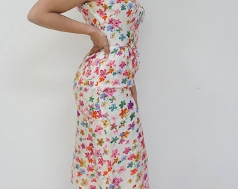 Beautiful Floral Wiggle Dress with Bowtie Accents!