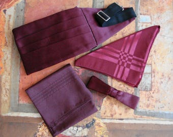 Vintage Pleated Maroon Satin Cummerbund, Silk Handkerchief and Bow Tie Set, 1980s, Made in England, Never worn