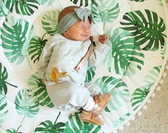 Baby Play Mat - MADE TO ORDER - Monstera Leaves / Palm Round Fringe Play Mat / Nap Mat / Padded Playmat / Tummy Time Mat / Baby Activity Mat