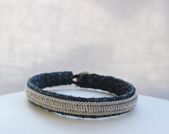 Grey salmon leather bracelet with silver cord, reindeer horn button, woman bracelet, man and trend