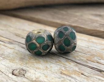 Duo of Matt beads handcrafed Lampwork Emerald, ivory, pure silver Ø15mm, rustic, Bohemian, Lampwork Glass Beads