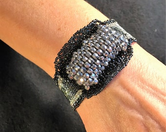 NO 164 Hand Beaded Crystal and Glass Bracelet