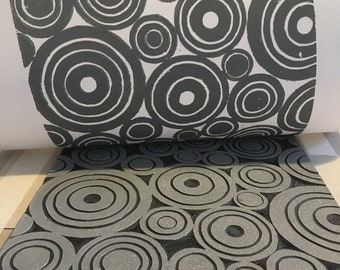 Concentric Lino Print in Dark Grey
