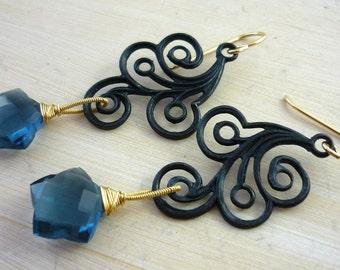 Black cloud & grey quartz star earrings. Chandelier earrings.
