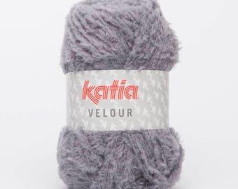 Ball of 59 Katia Velvet