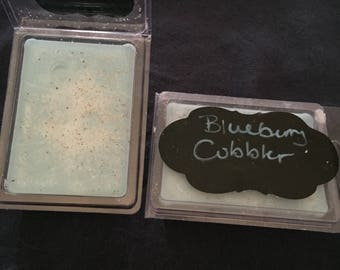 Blueberry cobbler soy wax melt with nutmeg