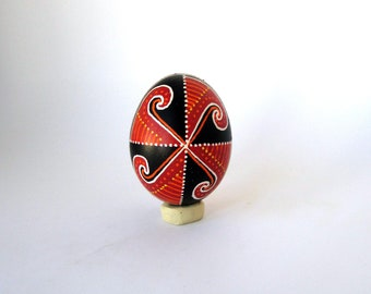 Traditional Ukrainian Easter egg Hand painted Easter egg Ukrainian Pysanka Ukrainian real Easter egg Chicken pysanka Painted real egg