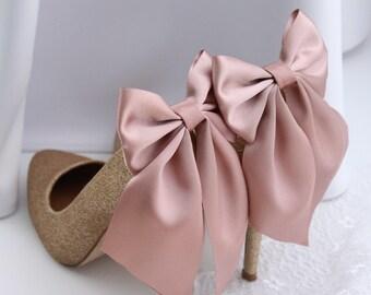 Blush shoe clips | Pink shoe clip | Wedding shoe clips |  Bow clip | Bridal shoe clips | Bow shoe clip | Wedding shoes | Bridesmaids | Bride