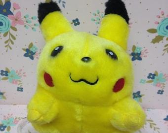 Vintage Nintendo Tomy Pokemon Pikachu plush