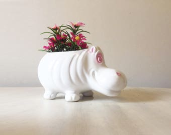 Vintage planter, hippo planter, vintage hippo, novelty planter, vintage plant pot, white planter, hippo collectible, hippopotamus figurine