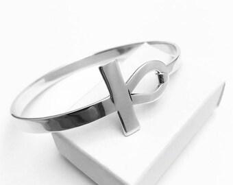Sterling silver modern endless cross bangle