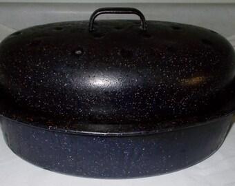 Vintage Blue Graniteware Roaster Blue Enamelware Roasting Pan Medium Farmhouse Cookware Pan