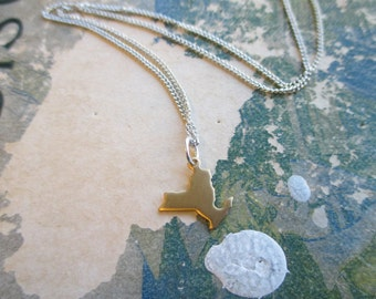 The Bonnie Necklace - Tiny New York Charm Necklace