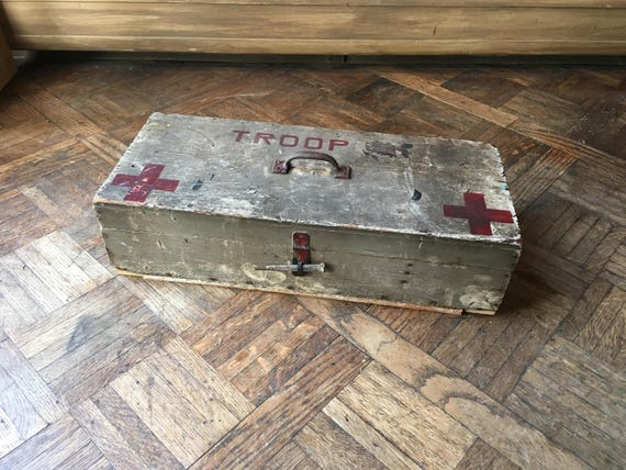 Vintage Boy Scout First Aid Kit, Handmade  Wood First Aid Box, Boy Scout Troop Red Cross Wood Box, Vintage Camping