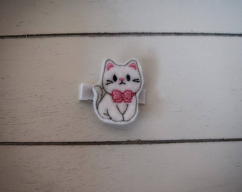White and Pink Cat - Cat Feltie Clip - Cute Kitten Hair Clip - Kitten Accessories - Small Hair Clips - Cat Lover - Cat Pink Bow - Birthday