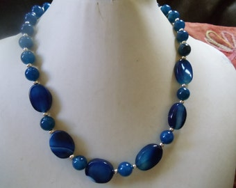 Blue agate Neclaces vintage jewelry