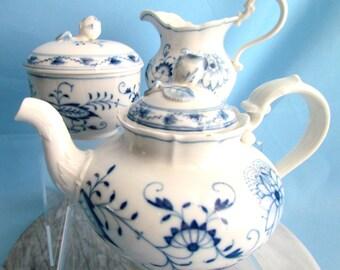 Meissen Germany Blue Onion Tea Set With Rose Bud Knob