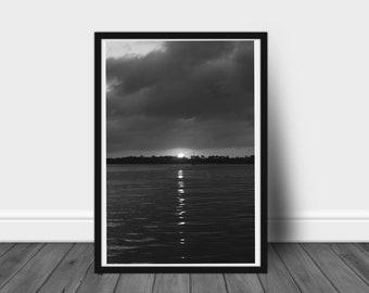 Black/White ocean sunset (Print)