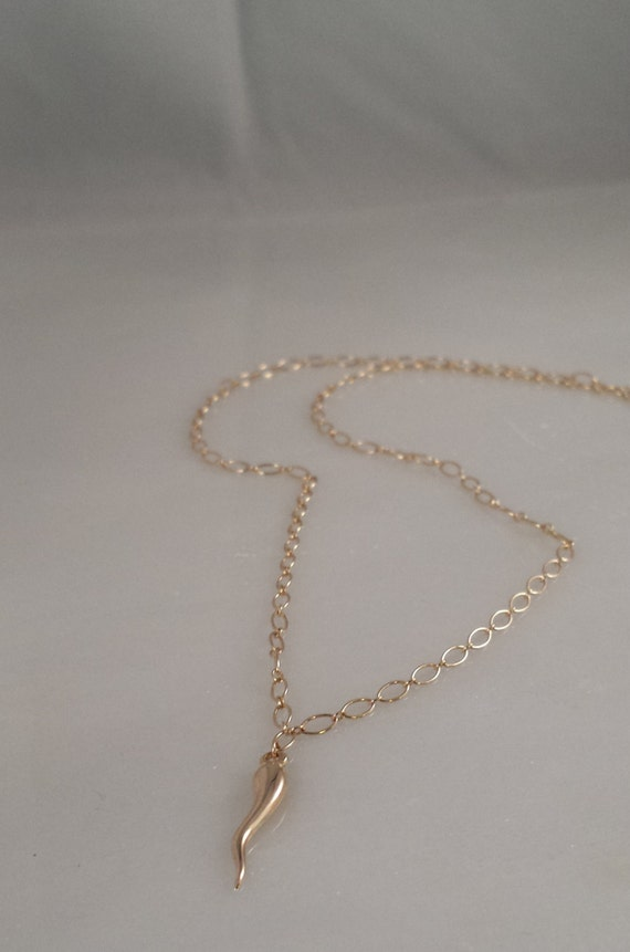 14K SOLID Gold  Italian Horn Necklace
