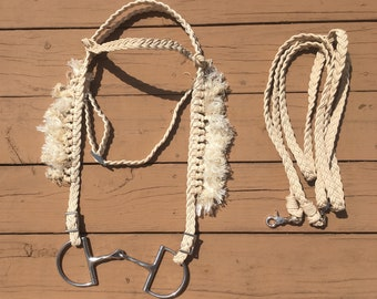 Fringe Bridle with Reins in Cream