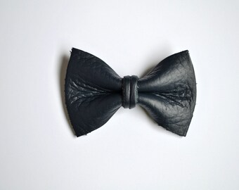 Navy Leather TINY Clip Little Bow for Newborn Baby Child Little Girl Adult Photo Prop Adorable Spring Summer Pictures