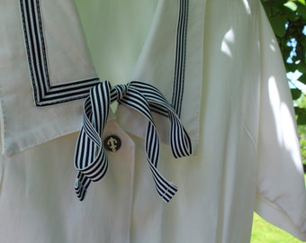 Collared blouse vintage Navy blue/white bow