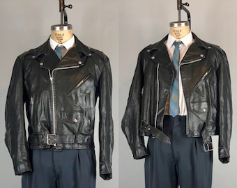 Vintage 1950s  Mens Jacket | 50s Black Leather Motorcycle Biker Jacket with Belt and Snaps and Steel Zips with Loop Pulls | Size 42 Large