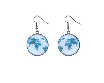 Round worldmap image earrings