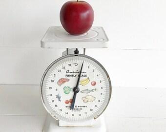 Vintage Kitchen Scale, Farmhouse Kitchen Decor, American Family Scale,  Farmhouse Style, White Kitchen Scale, Rustic Scale