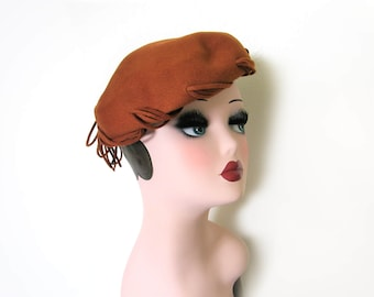 Vintage 1950's Cocoa Brown Wool Capulet w/Lacing~