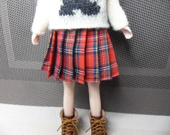 BLYTHE Dolls/ SKIPPER Dolls  -- Red Tartan Pleated Skirt--