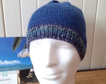 Bonnet Bleu Littoral 2 pour homme, ado ou unisexe laine fine jacquard, couleurs dégradées de bleu