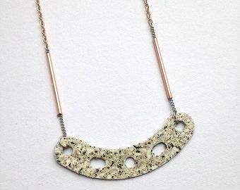 speckled . smile . necklace