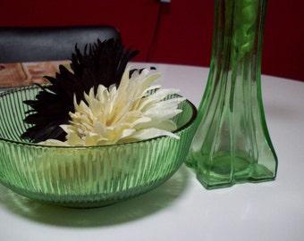 Emerald Green Glass Bowl, Vintage E.O. Brody Green Europa glass bud vase, vintage table decor, home decor, wedding centerpiece
