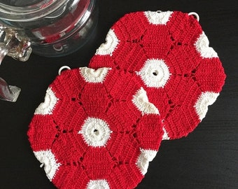 Shop SALE Vintage Crocheted Hot Pad Pot Holder, Red White Polygon Hand Made Hanging Pot Holder, Retro Mid Century Kitchenware