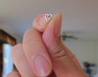 Tiny Heart Stud Earrings, tiny Stud Earrings, Heart Earrings, Children Jewelry, Toddler Gift, Everyday Jewelry, Minimalist, dainty Earrings