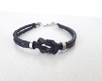 Vegan leather bracelet, bike chain bracelet, bike jewelry, bicycle jewelry, chain bracelet, leather bracelet, bike leather bracelet