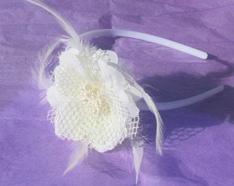 Hair Accessory Bridal Headband Bridesmaid Floral Feather Bead Mesh White Hair Accessory Wedding Headpiece