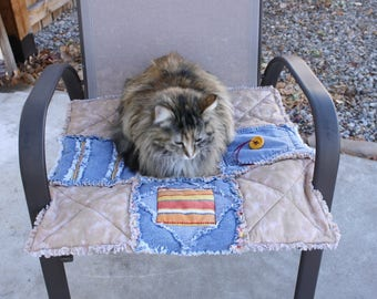 Denim cat blanket, Pet Blanket, Pet Supplies, Pet Bedding, Handmade Pet Quilt, Pet Quilt, Pet Accessories, Luxury Cat Blanket, Cat Beds
