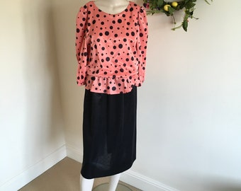 Vintage 50s 80s Peplum Coral Peach with Black Dot Fabric. Size 10-12