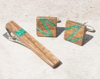 Wooden cufflinks and tie bar - malachite inlay, 5th anniversary gift, wood anniversary, groomsmen gift, cufflinks