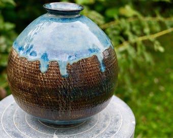Vase porcelain stoneware