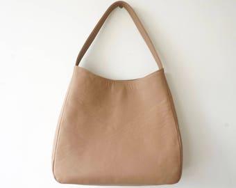 SLIGHT DEFECT! / Neutral Beige Leather Shoulder Bag / Women  Medium Tote Bag / Summer Everyday Bag