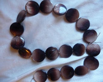 Bead, Mother of Pearl, 20mm Flat Round Coin, Shades of Brown. Sold per 15 inch strand. There are 20 beads on the strand.