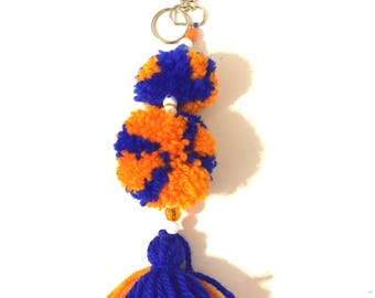 pom tassel keychain, beaded pom tassel , yarn pom keychain, yarn tassel keychain, orange/blue keychain, bead pom keychain, key ring