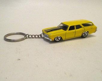 Chevelle SS keychain, 1970 Station Wagon Malibu, Car keychain, Muscle Car Sleutelhanger, Mens or Womens keychain, Mens or womens gift