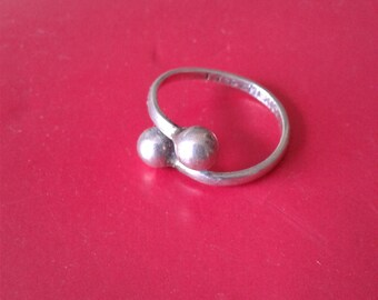 Vintage Mexico silver ball ring