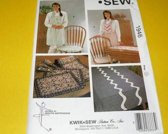 Kwik Sew  Apron, Chair Cushion and Tablecloth Pattern Uncut