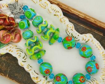 Art du verre à la main de l'ensemble tropicales tours verts bleus et paires de boucle d'oreille perle Lampwork